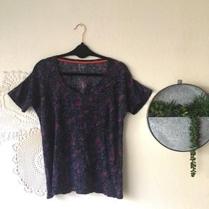 Hi-Line abstract watercolor floral linen scoop tee